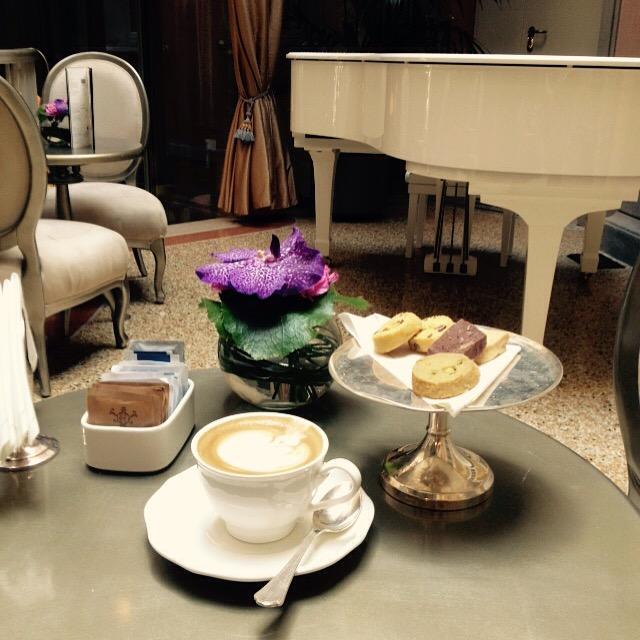 Chateau Monfort Lounge